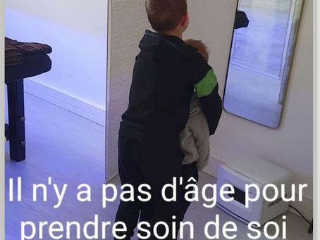 LE MASSAGE AUX ENFANTS : Y A PAS D'ÂGE POUR PRENDRE SOI DE SOIN...