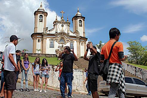 """Oficina de fotografia """"Ouro Preto na Lente Noturna"""""""