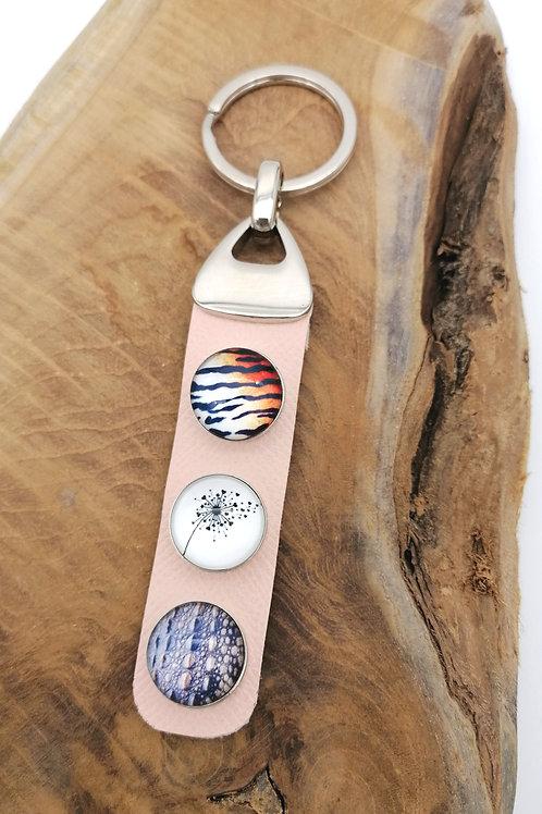 Porte-clefs cabochons sur cuir rose
