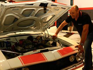 Carros Classicos Americanos e pick-ups. Restauração mecânica