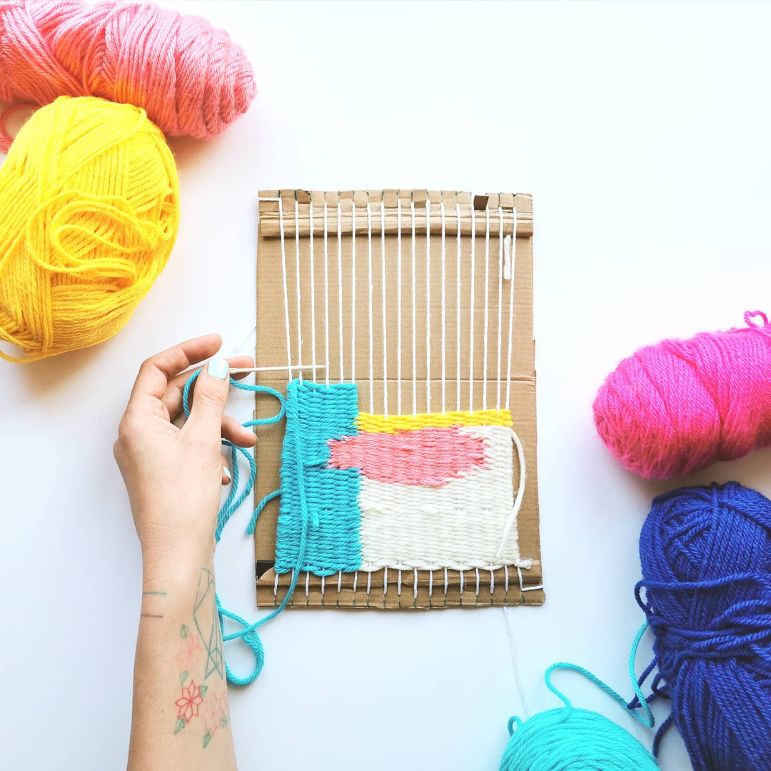 Make a cardboard weaving loom