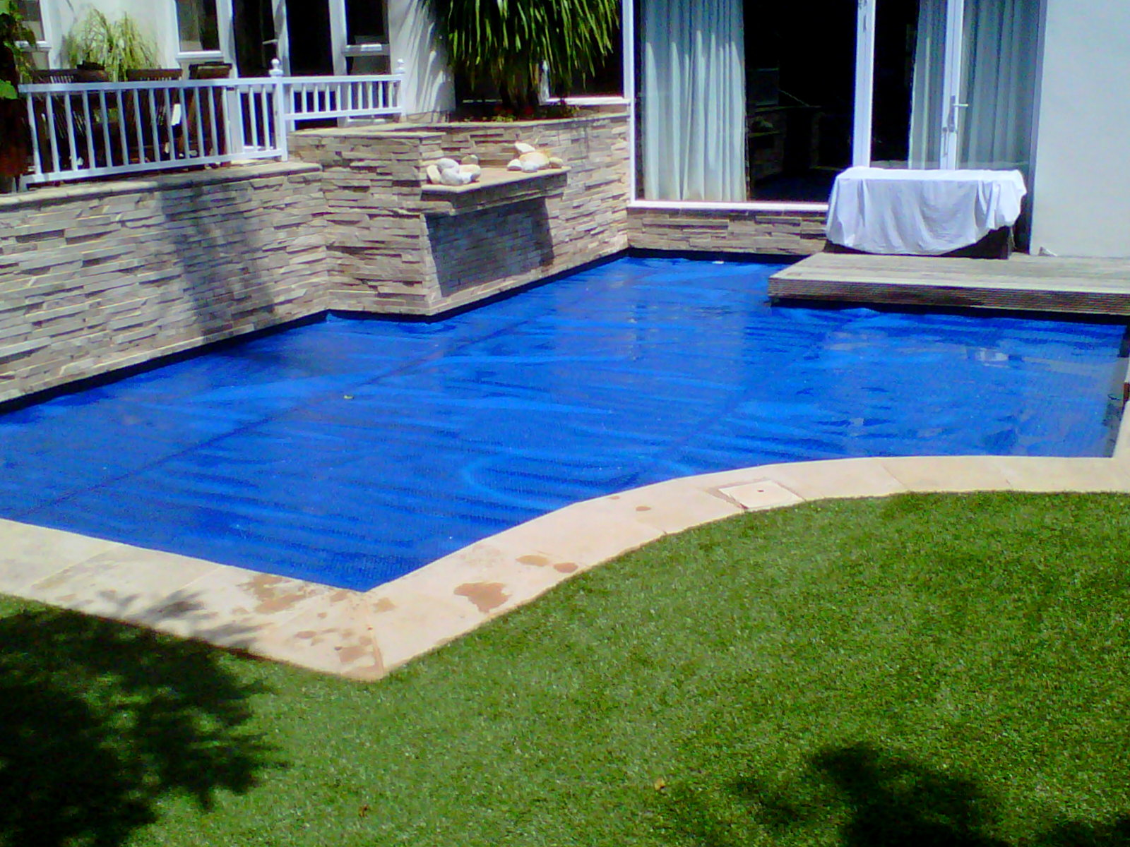 Capa de piscina DeepBlue 2