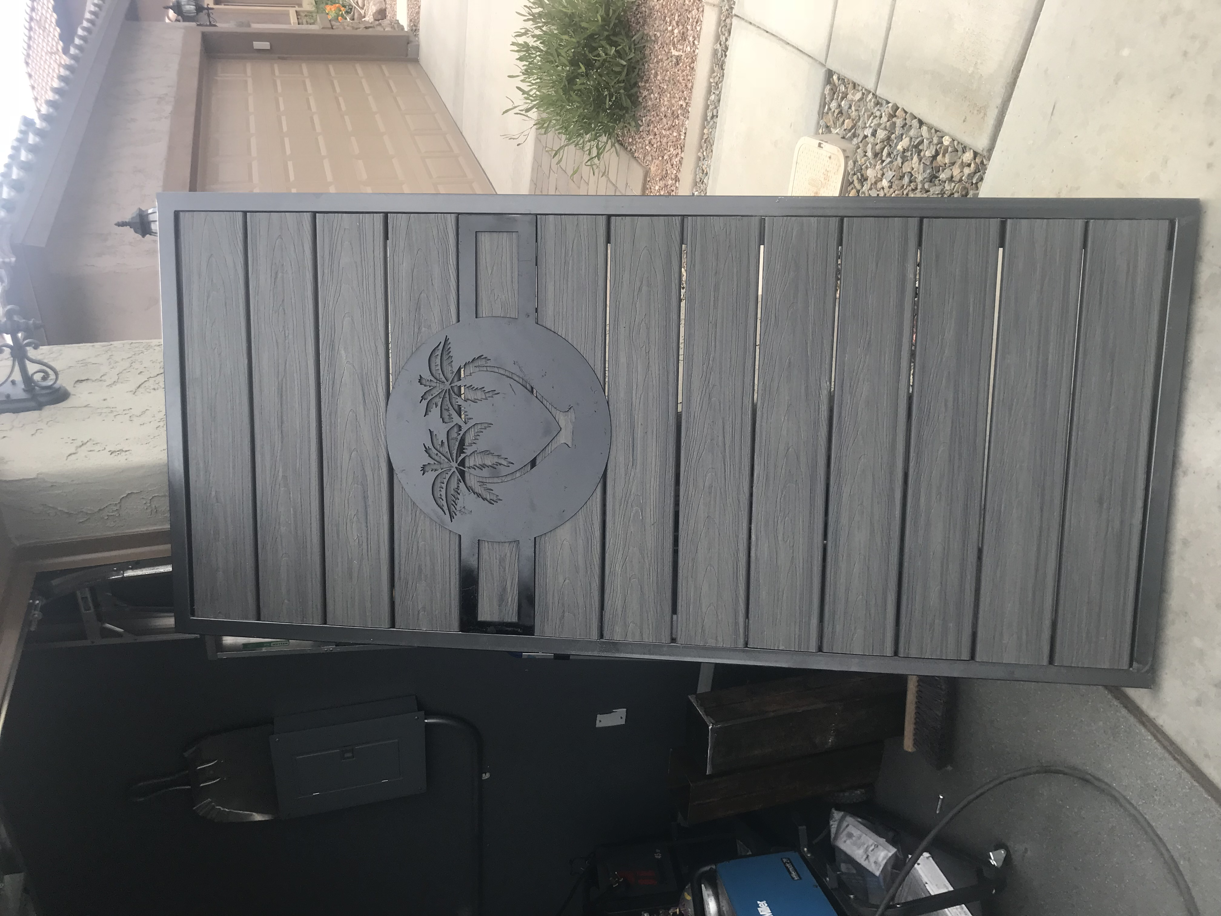 Custom Gate with Design