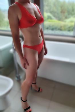 Claudia Scott 3.jpg