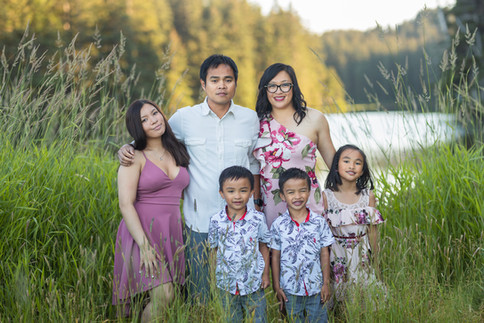 Ladislao_Family-2020-36.jpg