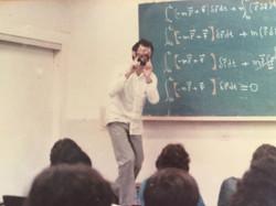 professor em 83 2