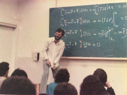 professor em 83 3