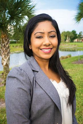 Sonita Khan, MD headshot