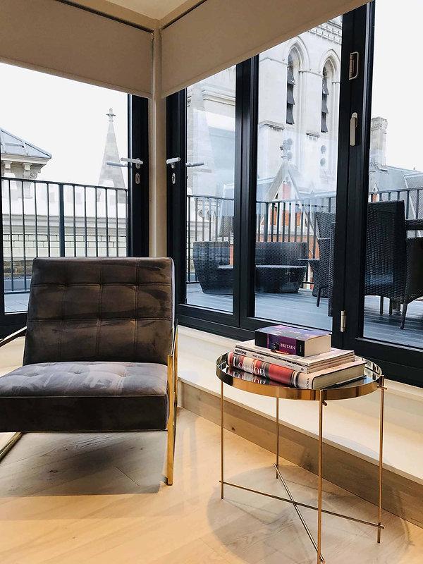 Dapa-Interiors-Bell-Yard-Penthouse-7.jpg