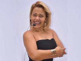 Sandra Araújo, a piauiense , radialista e jornalista que abraçou a causa dos catadores