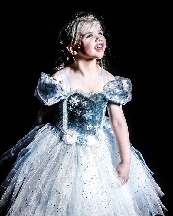 ❄️🧊👸🤍 Snow Queen  Beautiful sweet lit