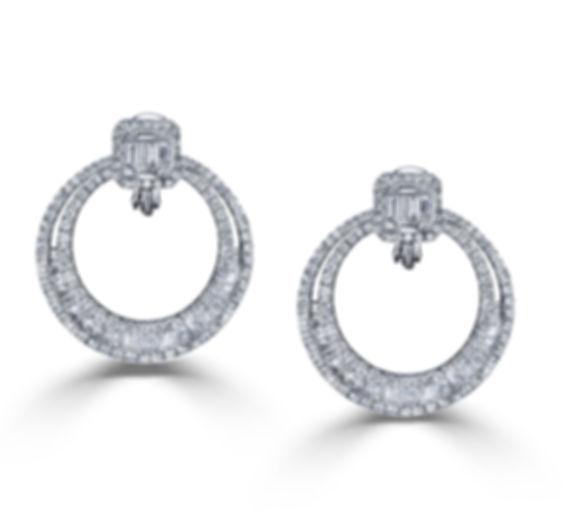 18KW BAGUETTE DIAMOND EARRING