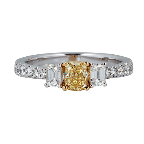 18KTT NATURAL YELLOW DIAMOND RING