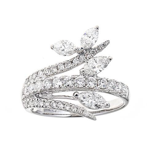 18K MARQUISE DIAMOND RING