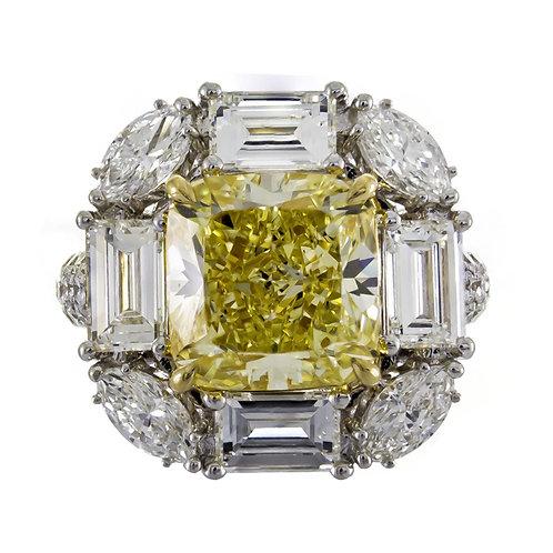 18K NATURAL YELLOW DIAMOND RING