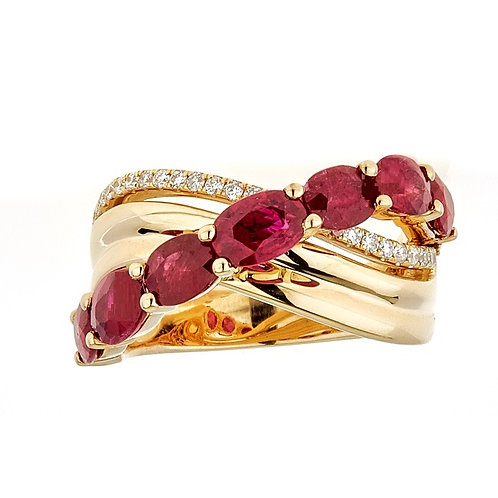 18KY OVAL-CUT MOZAMBIQUE RUBY & DIAMOND RING