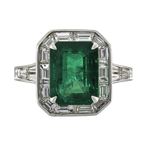 18KW EMERALD RING