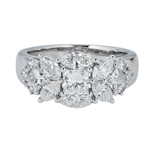 18KW PRINCESS CUT DIAMOND RING