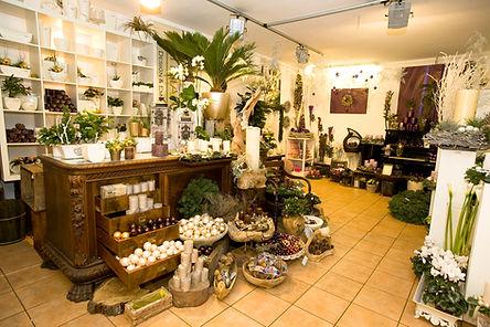 individuelle und außergewöhnliche Blumenkreationen finden Sie in dem Blumengeschäft Les Fleurs in Bad Honnef