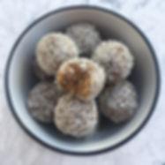 Μπαλίτσες Ενέργειας με Φυστικοβούτυρο & Καρύδα