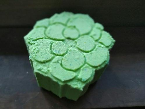 Aeonium Green Succulent Bath Bomb with color pop