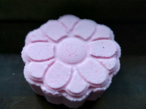 Flower Market Bath Bomb with color pop