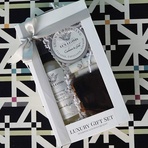 Luxurious Gift Set: Body Oil, Soap, Frosting and 2 lip balms