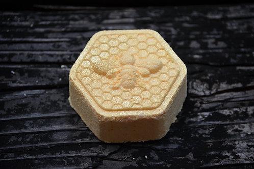 Bee My Honey Bath Bomb with hidden color pop