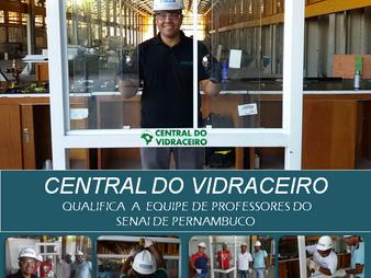 Central do Vidraceiro qualifica  a equipe de professores do SENAI de Pernambuco