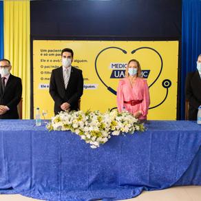 Fotos Entrega de Diplomas UASS-PJC | Medicina no Paraguai