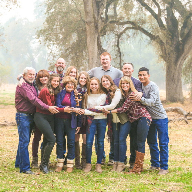Veterans Memorial Park Family Portriats_