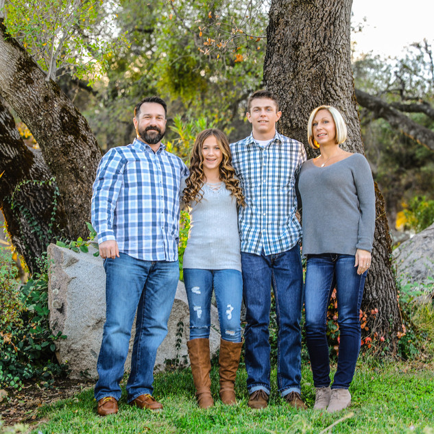 Cisneros Family (29).jpg