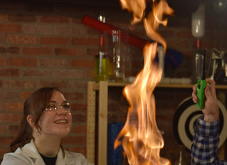 Fire, Bubbles, and Cloud Making with Steve Spangler