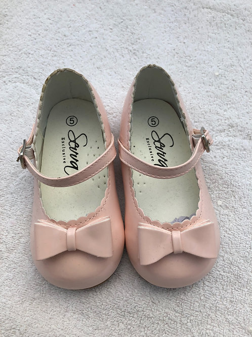 Pink patent shoes by Sevva