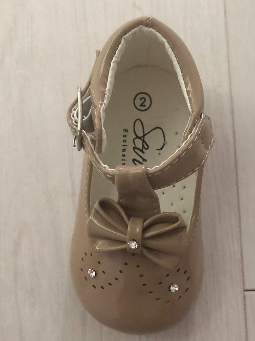 Camel gem shoes