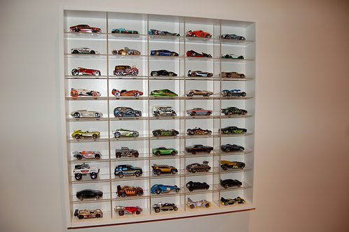 1:64 Scale (50 Cars Display)