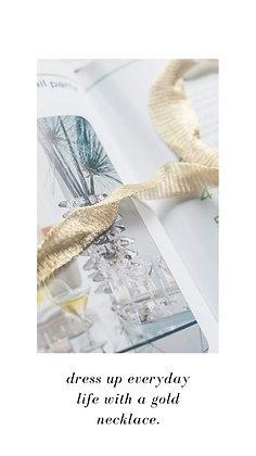 Gargantilla tela tipo malla turca color oro