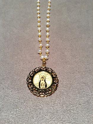 Cadena con Perlas de Virgen de Fátima con Marco