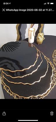 Plato Base Black & Sparkling Gold