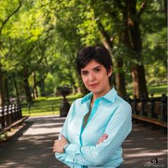 Patricia Vasconcelos Headshot.jpg