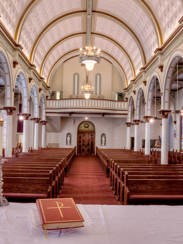 Holy_Cross_Catholic_Church-13.jpg