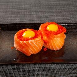 sushirosa_002-salmon-tama.jpg
