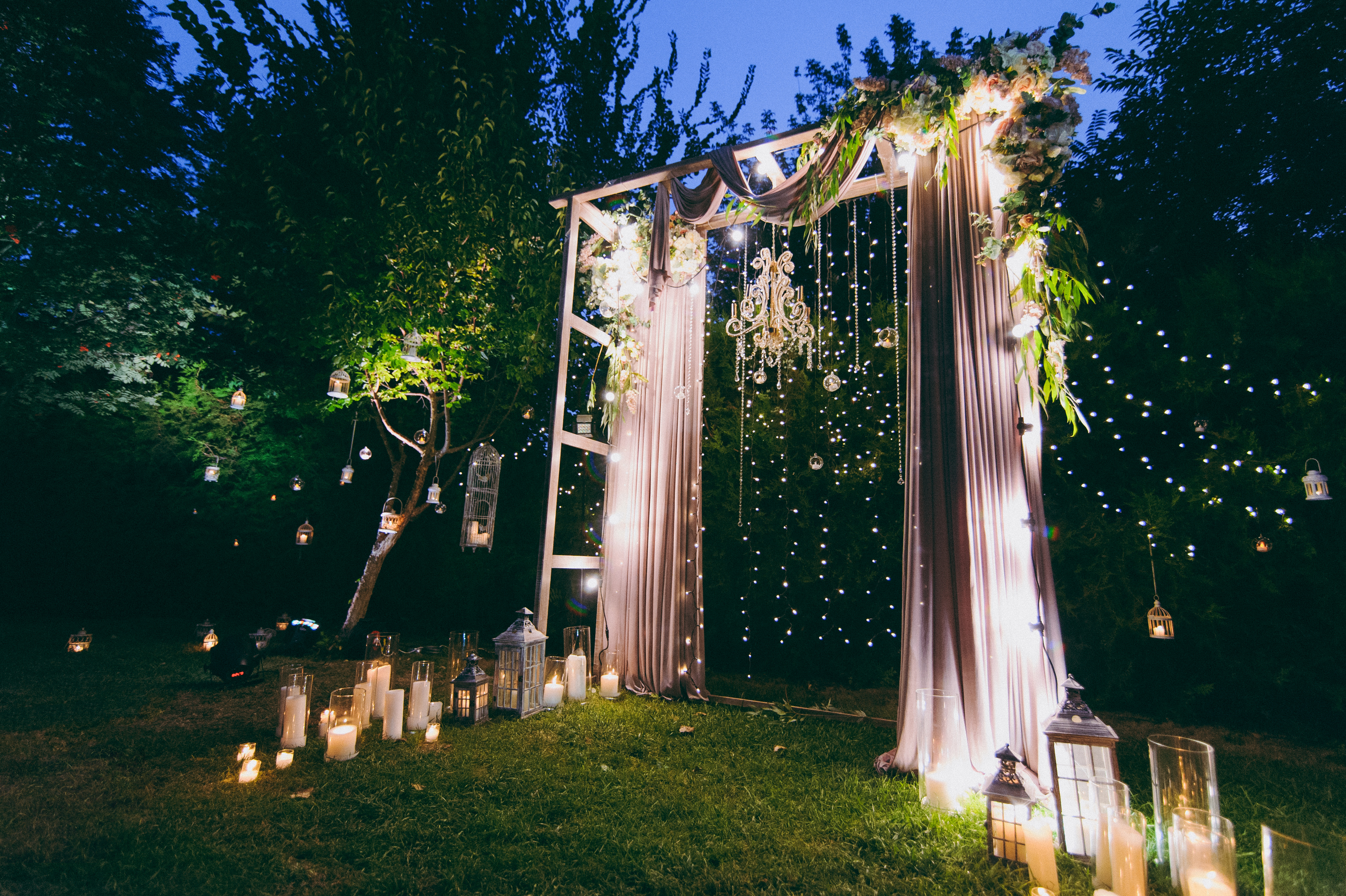 Cristalyne Celebrations- Whimsical Night Ceremony Setup