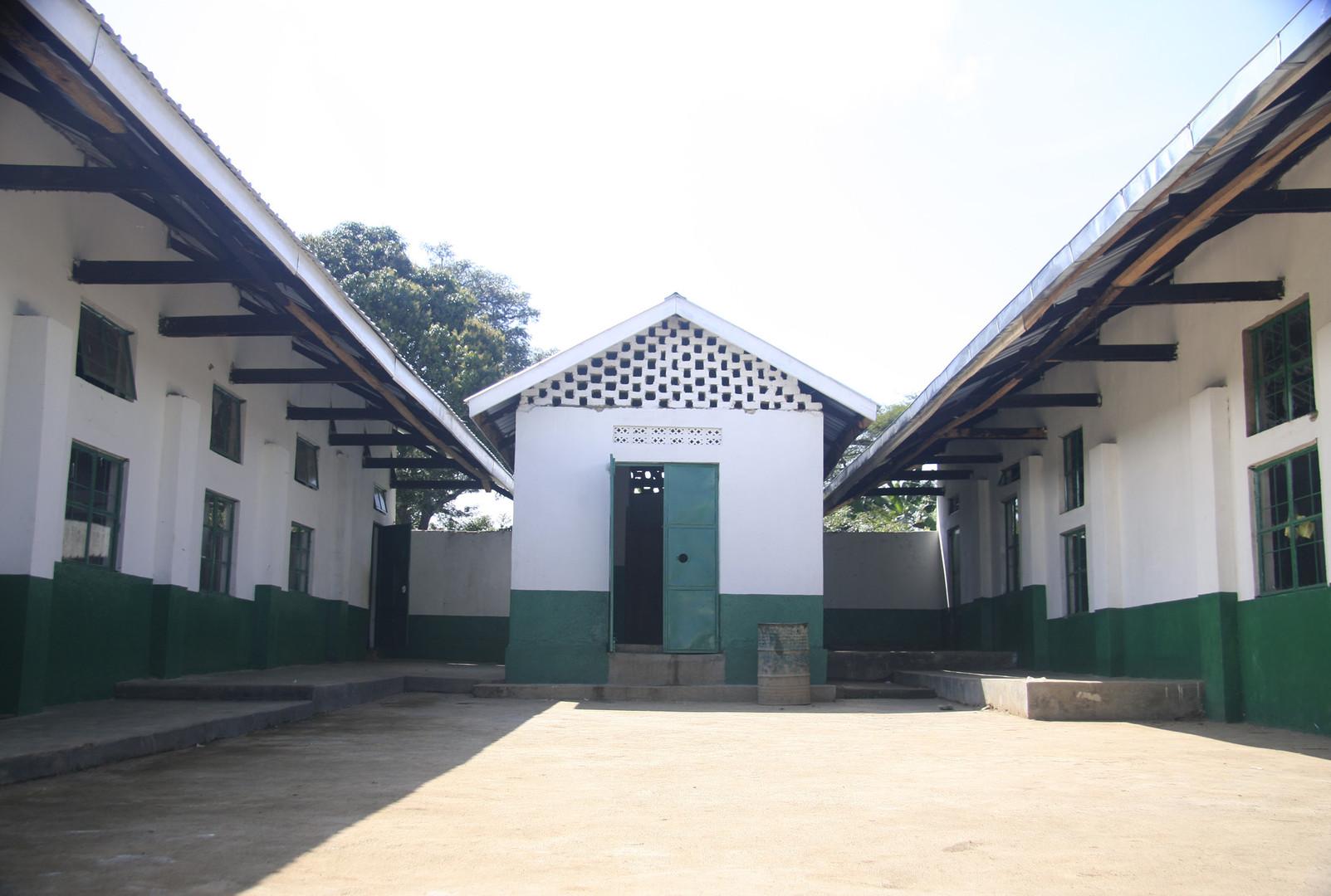Feilden-Foundation_Forest_High_School6.j