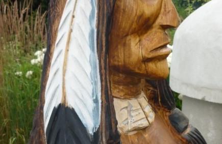 Skulptur Indianer.jpg