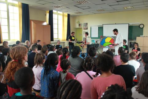 Cédric, Loukas, Mélissa, Rémy, Teddy - Membres du Groupe d'Action Collective