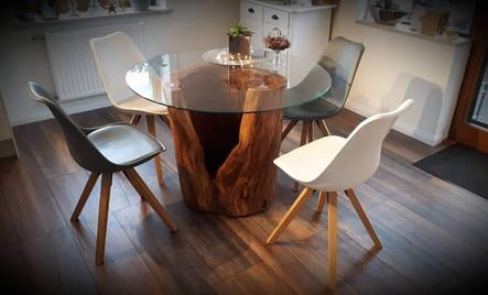 Tische aus Birne.jpg