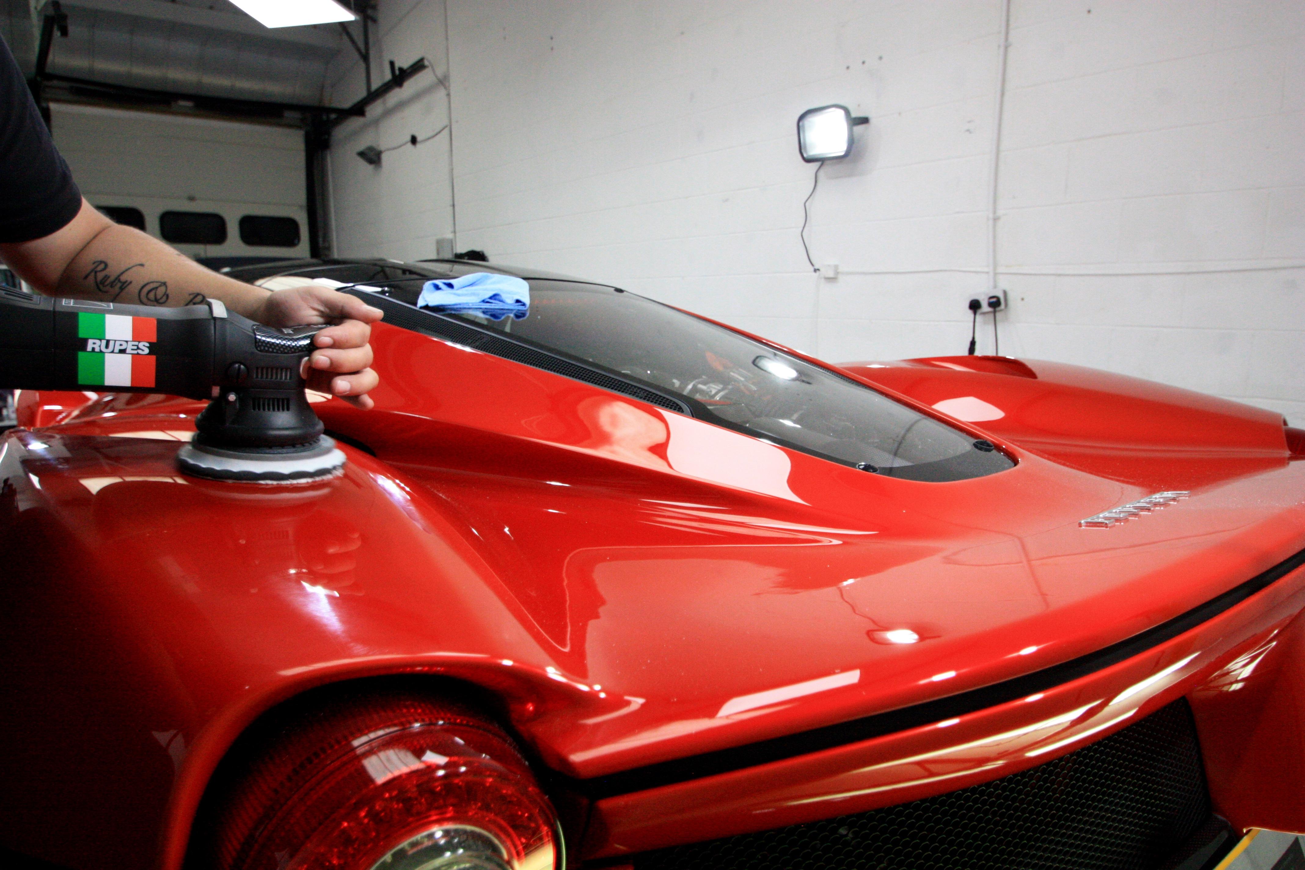 Ferrari LaFerrari Rosso Fuoco