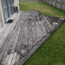 Keen Kiwi Blokes - Deck Cleaning Before