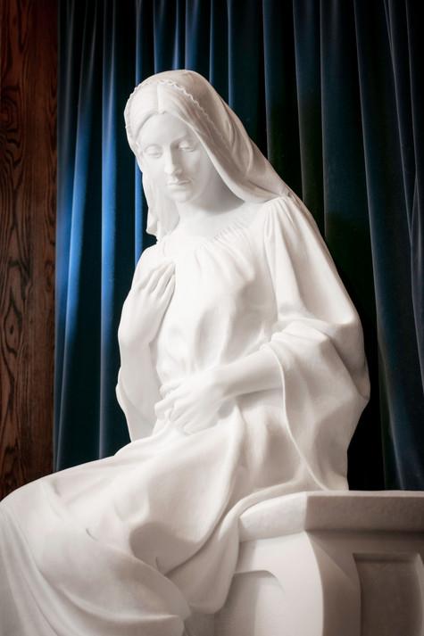 The Virgin Annunciate, detail